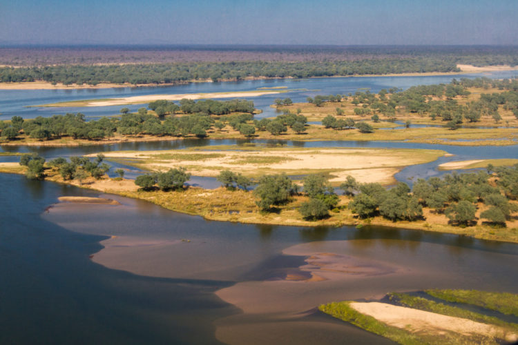 Lower Zambezi, Zambia safaris, canoeing safaris and kayaking holidays