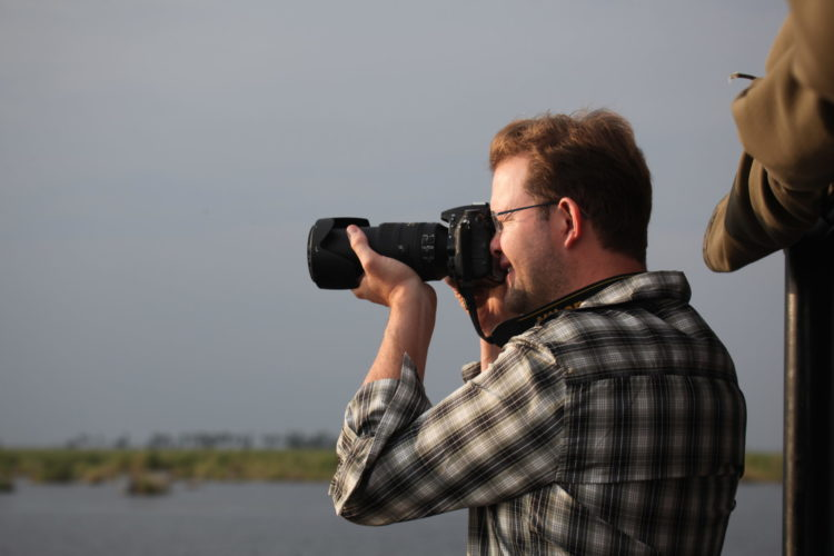 African safari holiday packages offering photographic safaris with Jono Wilson