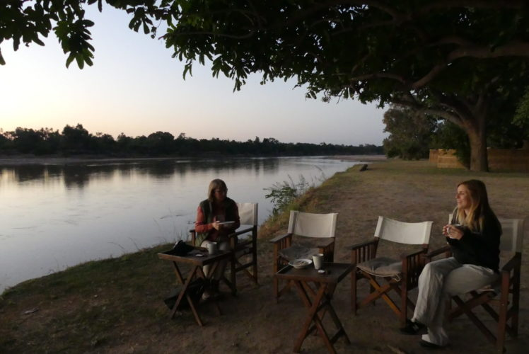 Zambia Travel Guide, safaris in Zambia, Southern Africa safari, African Wildlife tours, wildlife safaris in southern africa, Zambia, Victoria Falls, Family safari holiday packages from Australia